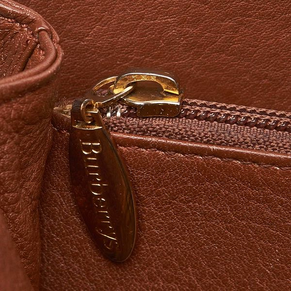 light-brown-burberrys-leather-tote-bag