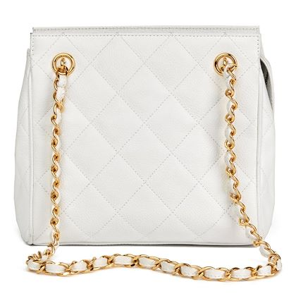 white-quilted-caviar-leather-vintage-timeless-shoulder-bag