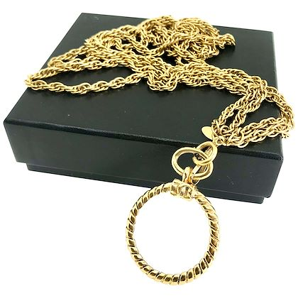 chanel-1980s-vintage-long-magnifying-glass-loupe-gold-plated-pendant-necklace