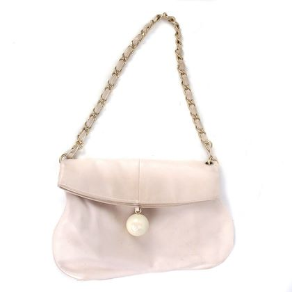 chanel-pearl-charm-cc-pink-leather-folding-shoulder-bag-rose-gold-chain-pre-owned-used