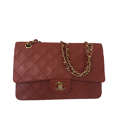 chanel-classic-flap-bag-inred-lamb-skin-leather-with-gold-hardware