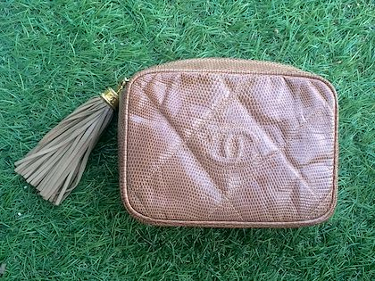 vintage-chanel-cocoa-brown-lizard-camera-bag-type-clutch-bag-with-fringe-and-cc-mark-can-be-makeup-case-pouch-cosmetic-and-toiletry-bag
