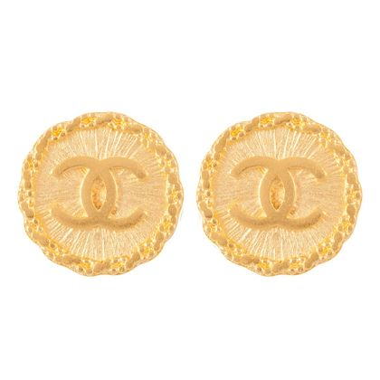 1990s-vintage-chanel-textured-round-earrings