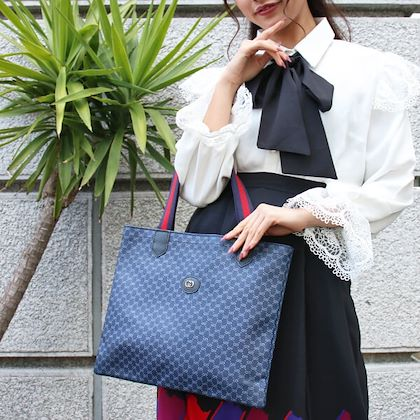 gucci-gg-pattern-logo-plate-sherry-line-tote-bag-navy