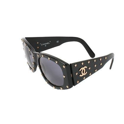 chanel-star-design-side-cc-mark-plate-sunglasses-black