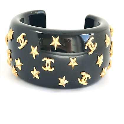 chanel-1990s-black-resin-star-bangle-bracelet