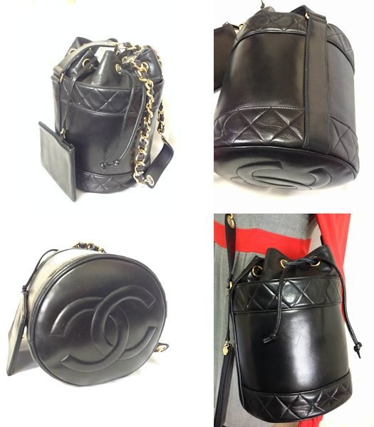 47b57539afab04 MINT. Vintage CHANEL black lambskin bucket hobo drum shoulder bag ...