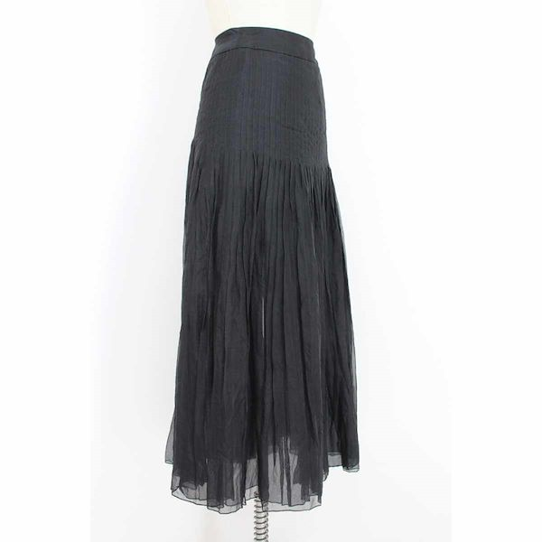 akira-long-skirt-silk-pleated-veil-cerimony-vintage-black