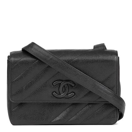 black-diagonal-quilted-caviar-leather-vintage-leather-logo-shoulder-bag