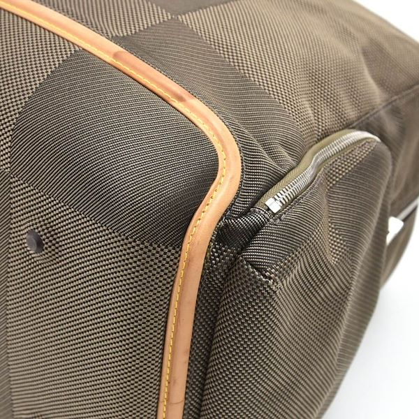 louis-vuitton-aventurier-terre-damier-geant-boston-travel-bag