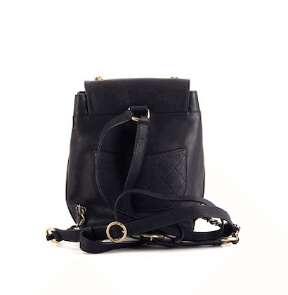 chanel-leather-backpack-4