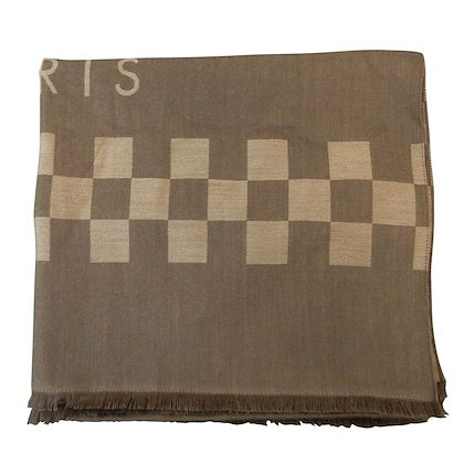 louis-vuitton-shawl-100-cashmere-scarf-2