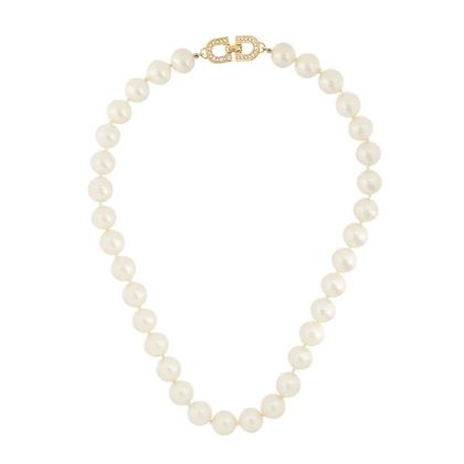 1970s-vintage-christian-dior-faux-pearl-necklace