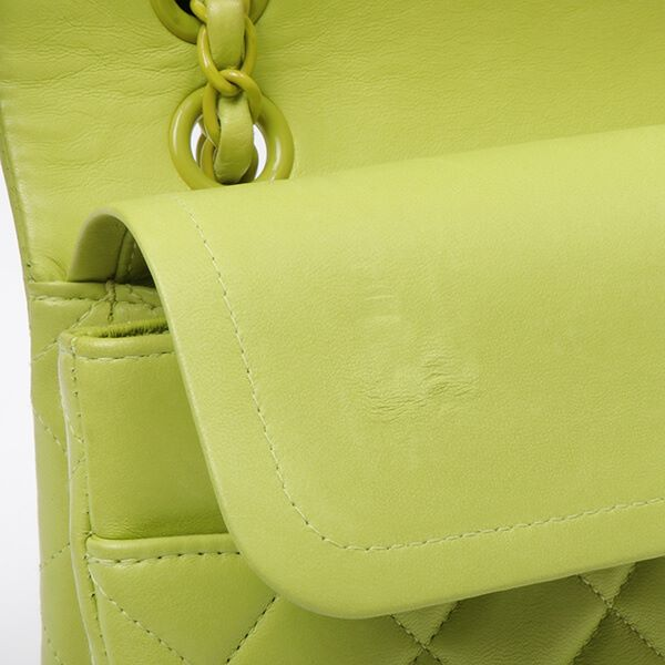 chanel-classic-flap-chain-bag-25cm-lime-green