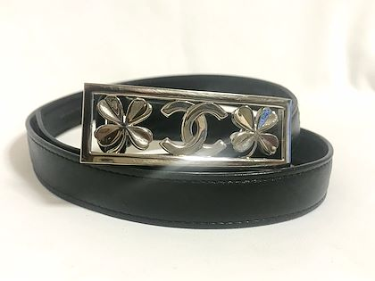 vintage-chanel-black-leather-belt-with-silver-clover-and-cc-mark-buckle-244-28762-73cm