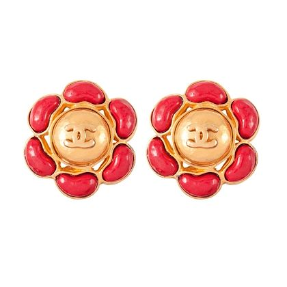 1990s Vintage Chanel faux coral Clip-On Earrings