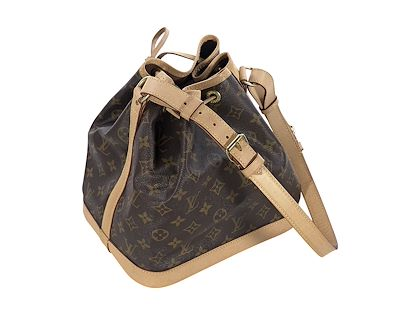 brown-louis-vuitton-monogram-noe-bucket-bag-2