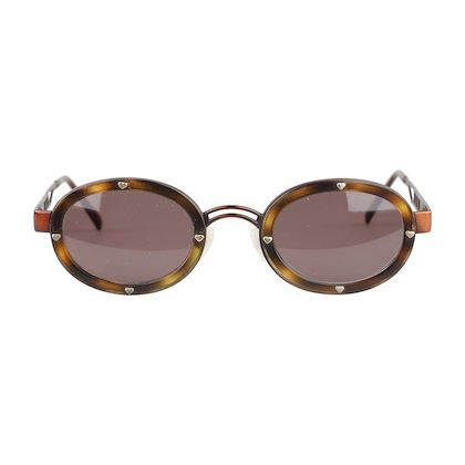 71696c82841 ... moschino-sunglasses-brown-studded-hearts-mod-mm3010s-130-