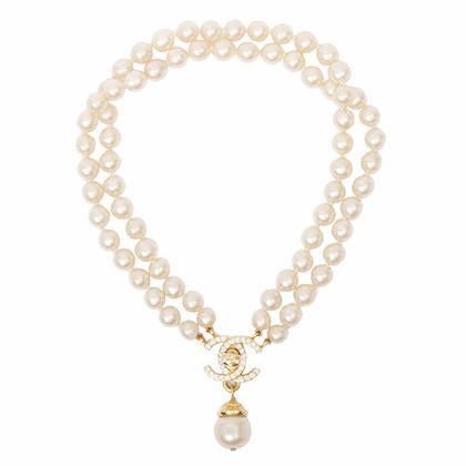 chanel-pearl-line-stone-turn-lock-chain-necklace
