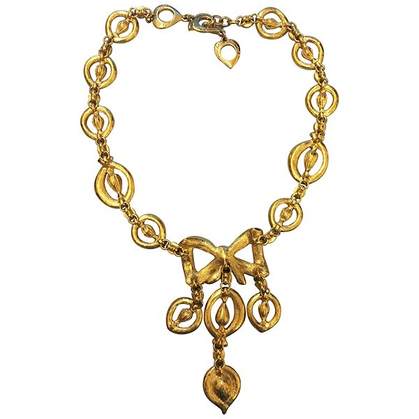 christian-dior-emanel-and-crystals-necklace