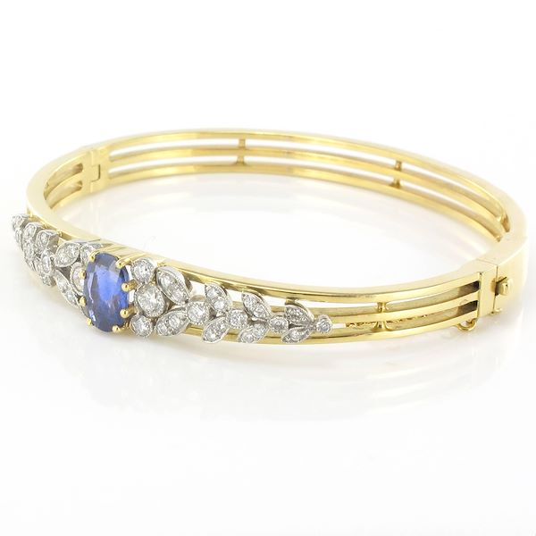 sapphire-diamond-gold-bangle-bracelet