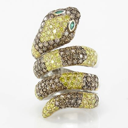yellow-and-cognac-diamond-emerald-gold-snake-ring