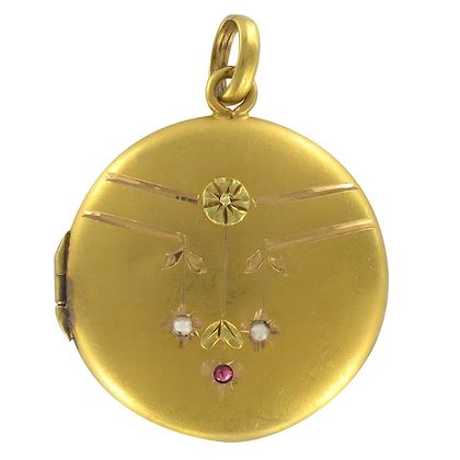 1900s-satin-gold-ruby-and-fine-pearl-medallion-locket-pendant