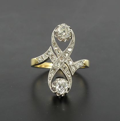 french-1900s-platinium-and-gold-diamond-ring