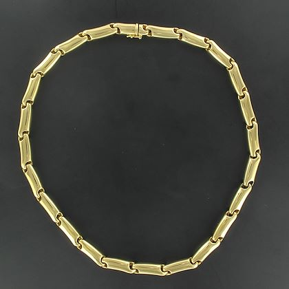 large-yellow-gold-link-necklace