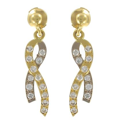 modern-two-gold-ribbon-and-diamond-earrings