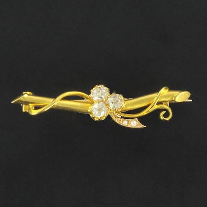 french-1900s-antique-clover-leaf-diamond-natural-pearl-brooch-belle-époque