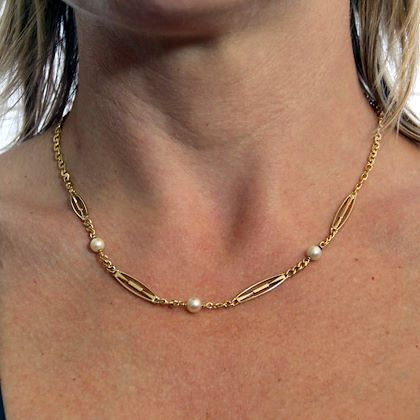 1900s-18-karats-yellow-gold-pearls-chain-necklace