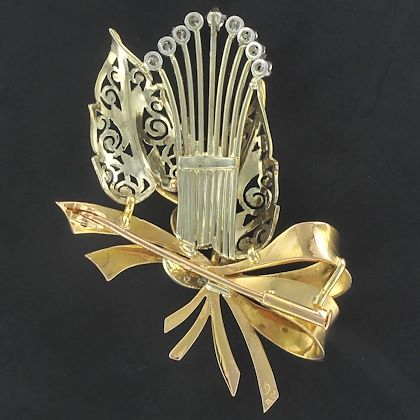 1950s-french-retro-floral-bouquet-diamond-2-gold-brooch