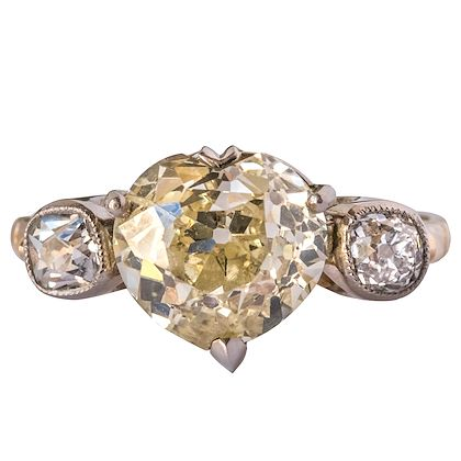 antique-358-carat-fancy-yellow-heart-cut-diamond-gold-ring