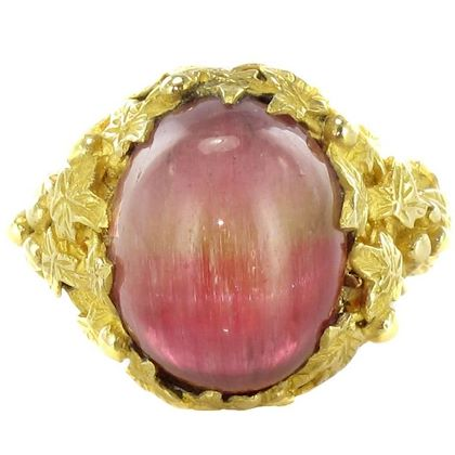 baume-16-carat-watermelon-cabochon-tourmaline-gold-ring