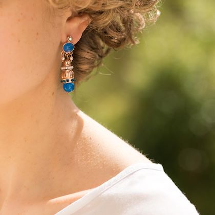 antique-style-blue-stone-pearl-pendant-earrings