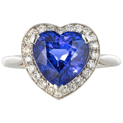 heart-shaped-tanzanite-diamond-gold-ring