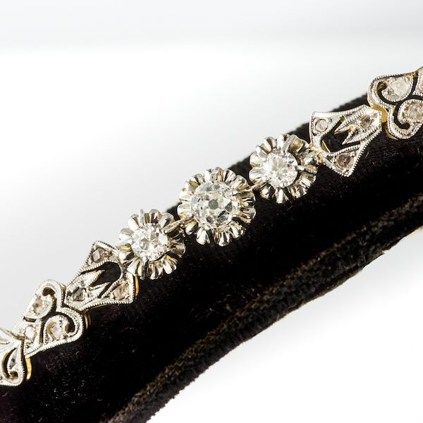 1910s-belle-epoque-floral-pattern-diamonds-link-bracelet
