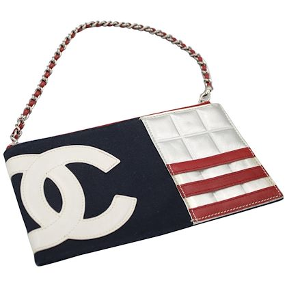 2002-chanel-american-flag-shoulder-bag-clutch