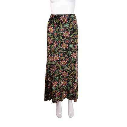 1970s-vintage-black-velvet-maxi-skirt-by-bus-stop