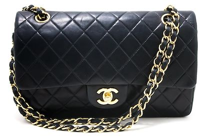 chanel-255-double-chain-flap-shoulder-bag-black-quilted-lambskin-4