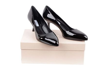 classic-pumps-shoes-size-405
