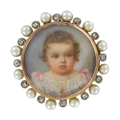 19th-century-napoleon-3-porcelain-miniature-natural-pearl-diamond-brooch-2