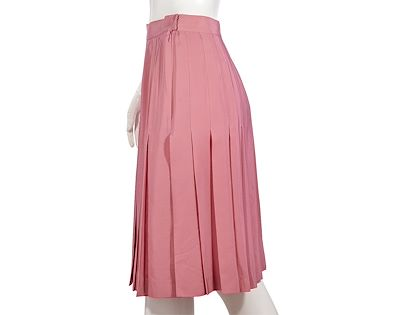pink-vintage-chanel-boutique-pleated-silk-skirt