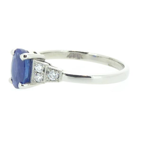 art-deco-style-sapphire-diamond-engagement-ring-in-platinum