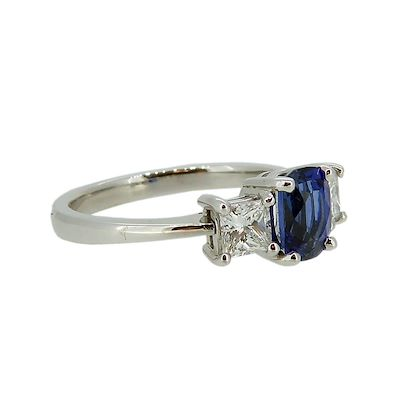 sapphire-and-diamond-engagement-ring-in-traditional-style