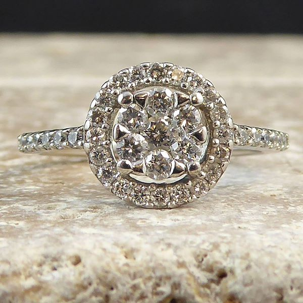 round-diamond-cluster-18-carat-white-gold-engagement-ring