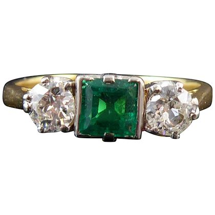 vintage-emerald-and-diamond-engagement-ring