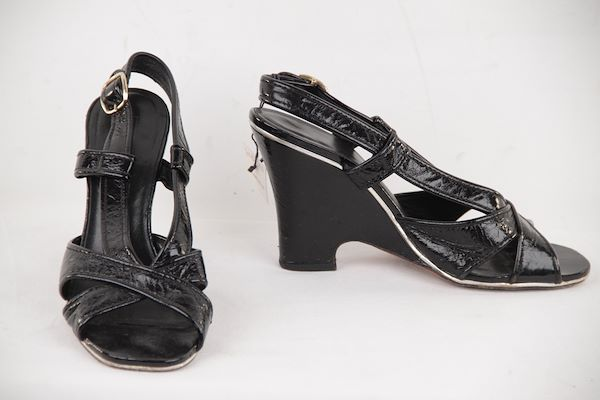 Marc By Marc Jacobs Black Patent Leather Wedge Sandals Shoes Size 39.5 It