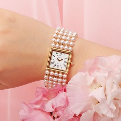 chanel-18k-pearl-mademoiselle-watch